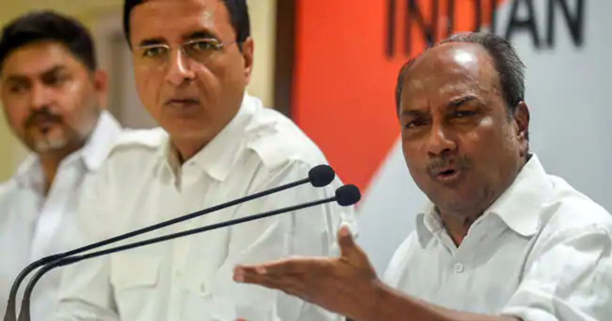 http://www.meranews.com/backend/main_imgs/AKAntoni_ex-defence-minister-ak-antony-questions-modi-government-over-national-security_0.jpg?38