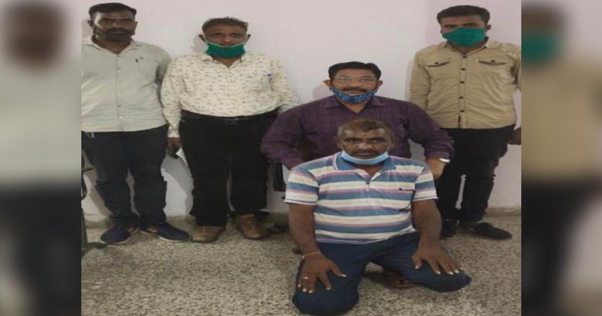 http://www.meranews.com/backend/main_imgs/AaravalliThiefRajasthani_aravalli-burglary-thief-rajasthan-crime-loot-gujarat-police-news_0.jpg?22