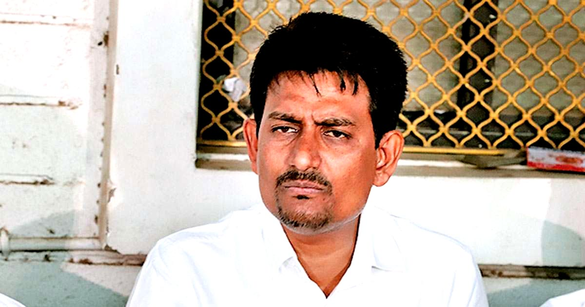 http://www.meranews.com/backend/main_imgs/AlpeshThakor_ektamunch-gives-support-to-alpesh-thakor-and-gives-complaint_0.jpg?54