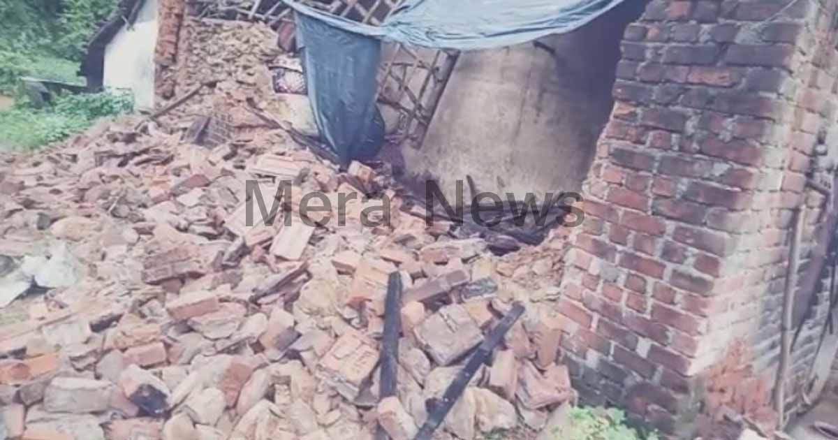 http://www.meranews.com/backend/main_imgs/Aravalli2_malpur-wall-collapse-of-hose-in-village-woman-and-baby-gir_0.jpg?35