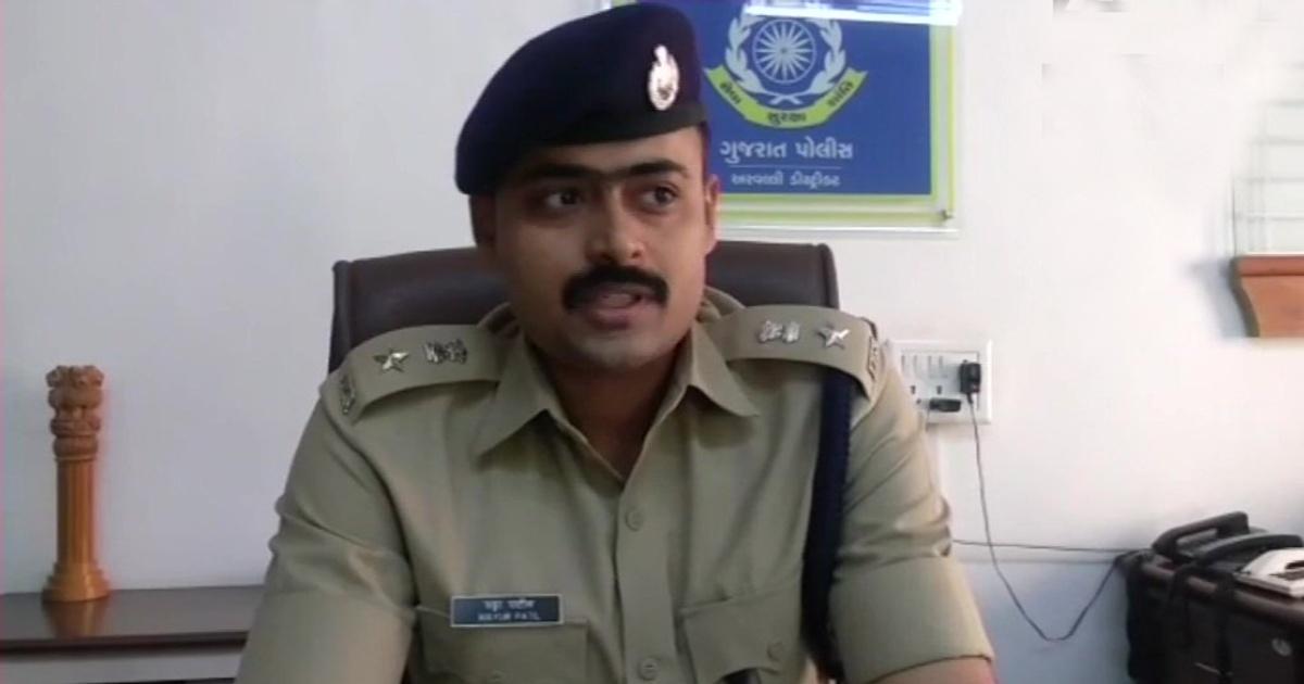 http://www.meranews.com/backend/main_imgs/AravalliSPMayurPatil_sp-mayur-patil-internal-transfer-31-police-personnel-aravalli-police_0.jpg?97