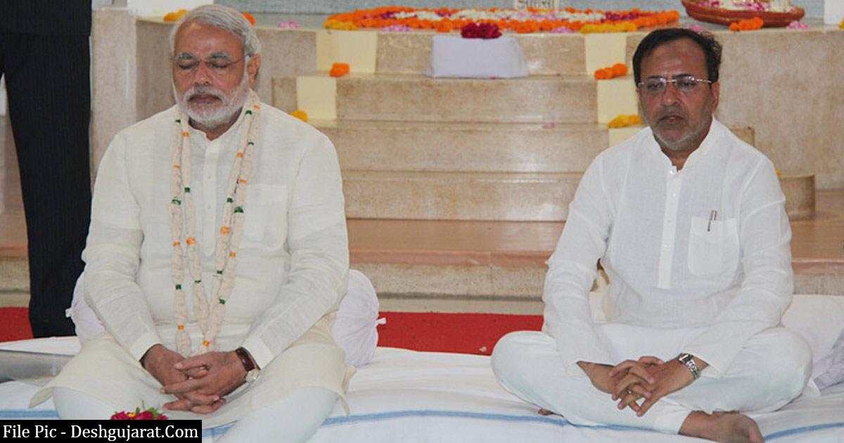 http://www.meranews.com/backend/main_imgs/Arjun-Modhwadia_congress-leader-narendra-modi-arjun-modhwadia-gujarati-news_0.jpg?91?19