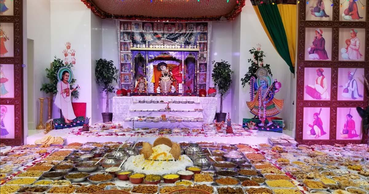 http://www.meranews.com/backend/main_imgs/Atlanta's-Gokuldham_grand-anniversary-festival-celebrated-in-atlantas-gokuldham_0.jpg?22