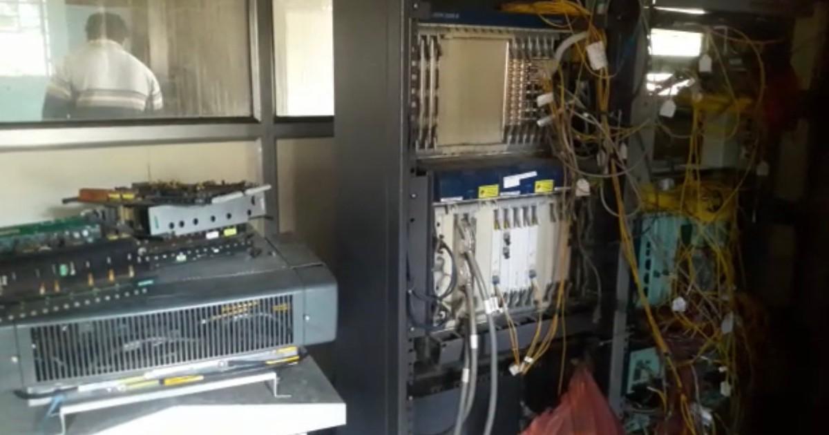 http://www.meranews.com/backend/main_imgs/BSNLFire1_shamlaji-bsnl-telephone-exchange-fire-at-bsnl-online-education-news_5.jpg?30