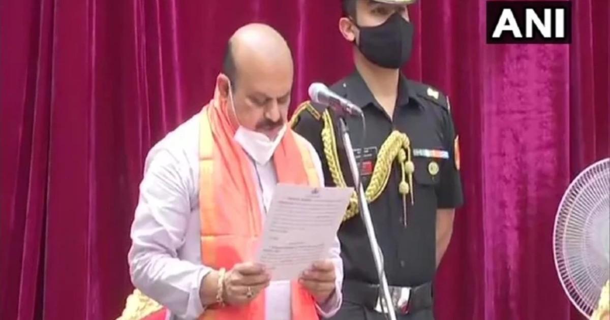 http://www.meranews.com/backend/main_imgs/BasavarajBommai_basavaraj-bommai-takes-oath-as-karnataka-new-cm-at-11-am-today_0.jpg?80