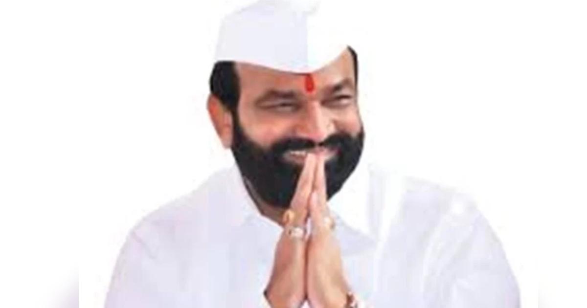 http://www.meranews.com/backend/main_imgs/BharatBhalkeMLA_ncp-mla-from-pandharpur-mangalvedha-bharat-bhalke-passed-away-admitted-covid19_0.jpg?2