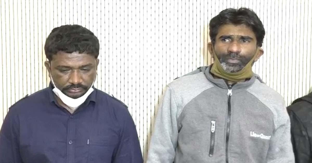 http://www.meranews.com/backend/main_imgs/Bhistiwadgang_rajkot-bhistiwad-gang-gangsters-in-rajkot-gangsters-story_2.jpg?21