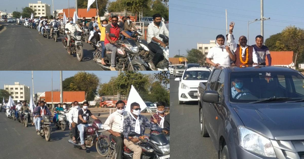 http://www.meranews.com/backend/main_imgs/BikerallyModasa_modasa-corporation-election-bharat-kadia-independent-candidate-bike-rally_0.jpg?19