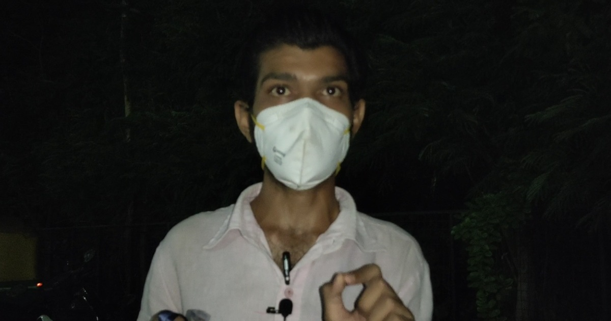 http://www.meranews.com/backend/main_imgs/DhanvantriHospital_dhanvantari-hospital-management-ahmedabad-dhanvntari-hospital-issue-staff_0.jpg?23