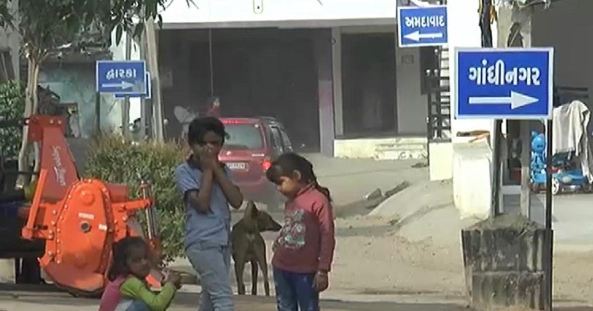 http://www.meranews.com/backend/main_imgs/DistrictnameStreet_bhandval-village-vadali-taluka-sabarkantha-adarsh-village-no-addiction-election-fir_1.jpg?81