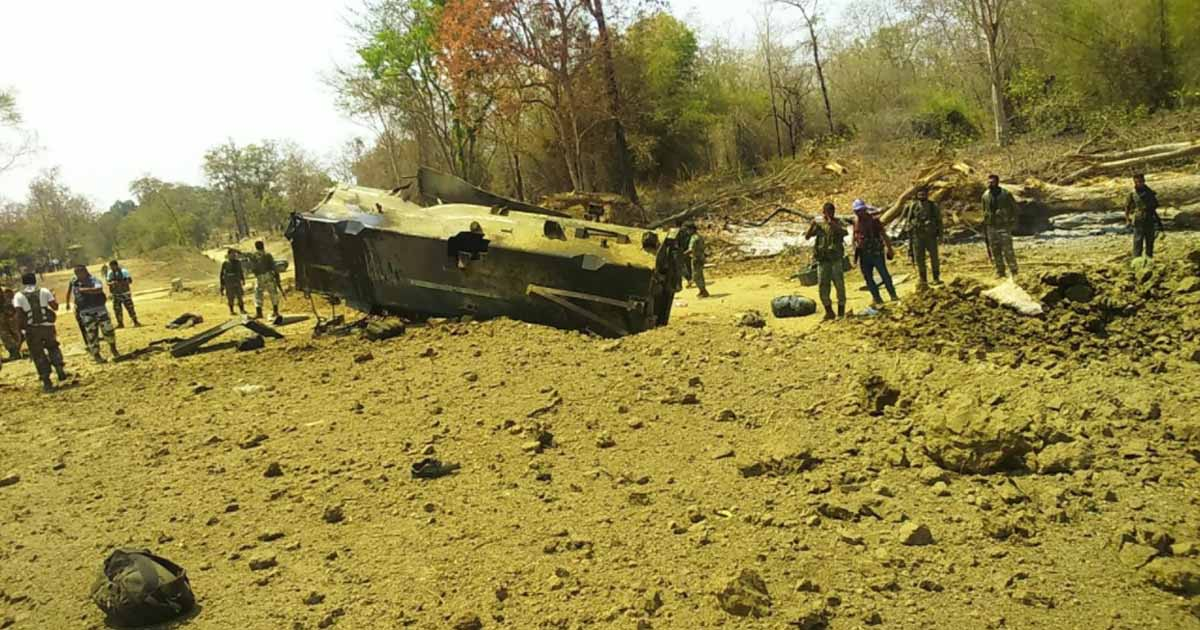 http://www.meranews.com/backend/main_imgs/IEDblastbyNaxals_crpf-jawans-killed-in-naxals-attack-at-sukma-in-jharkhand_0.jpg?43?66