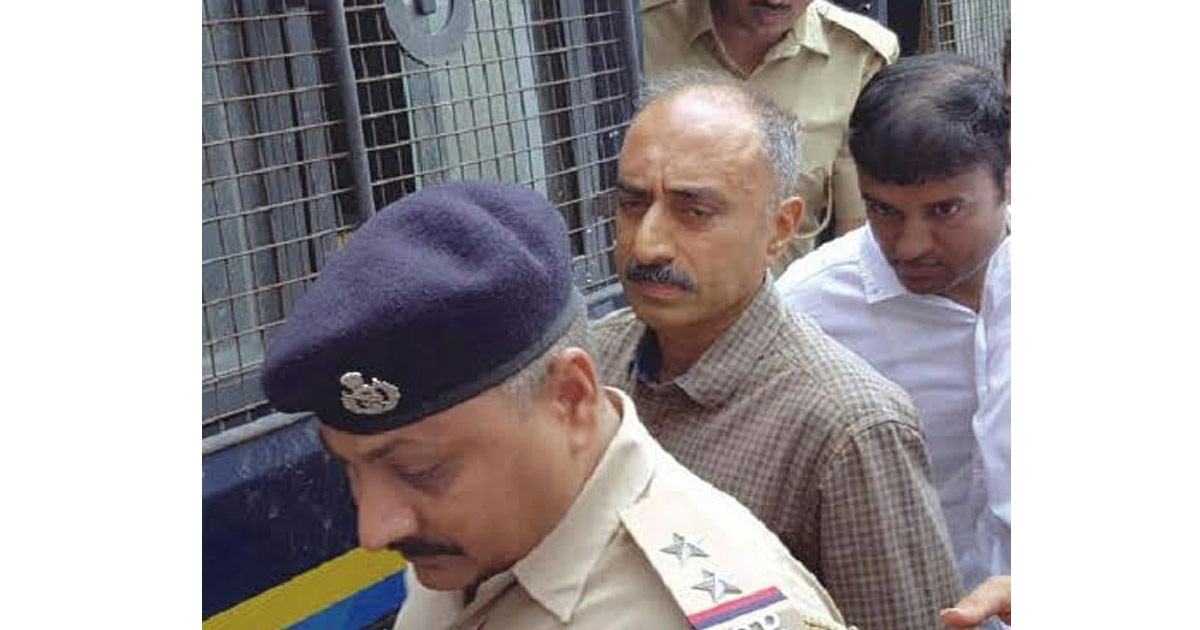 http://www.meranews.com/backend/main_imgs/IPS-Sanjiv-Bhatt_gujarat-ex-ips-sanjiv-bhatt-gets-life-term-in-custodial-dea_0.jpg?46