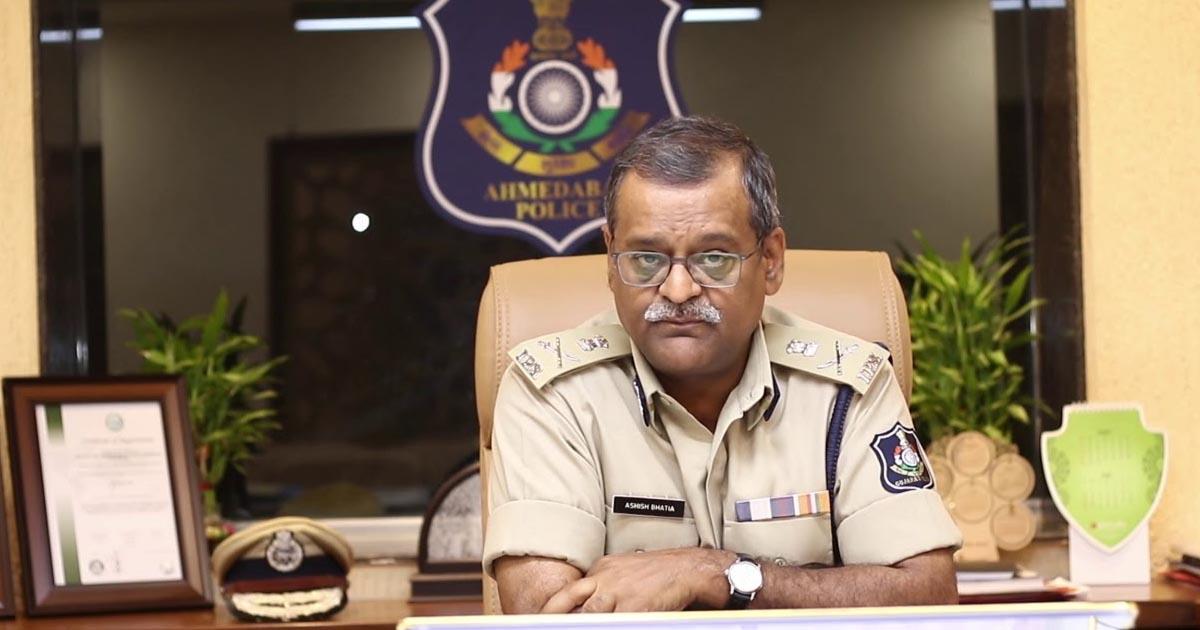 http://www.meranews.com/backend/main_imgs/IPSAshishBhatia_ahmedabad-police-commissioner-ips-ashish-bhatiya-police-g_0.jpg?71
