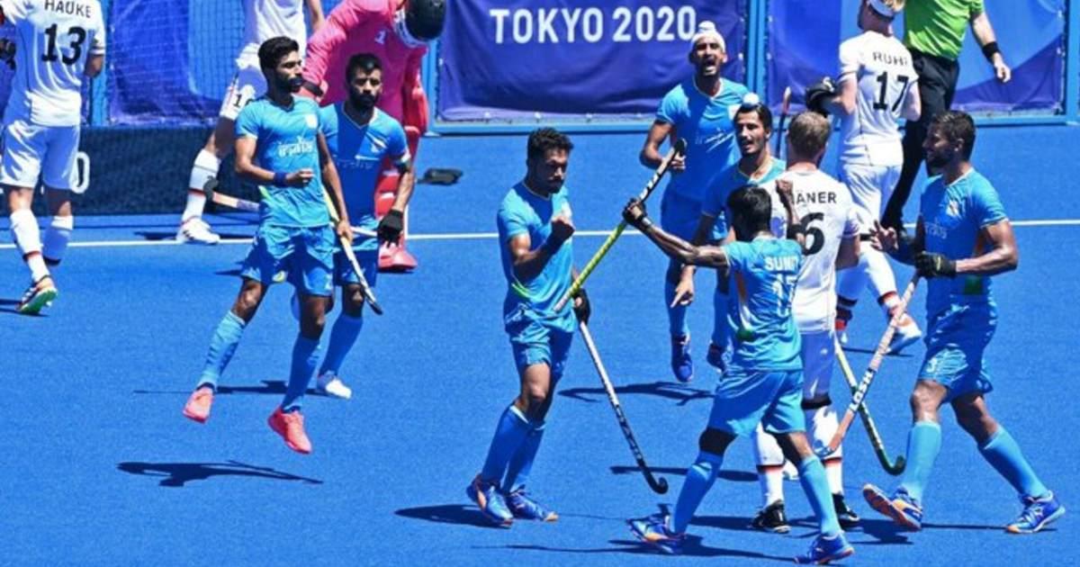 http://www.meranews.com/backend/main_imgs/IndiaHockeyTeam_tokyo-2020-hockey-india-beats-germany-5-4-to-win-bronze-medal_0.jpg?68