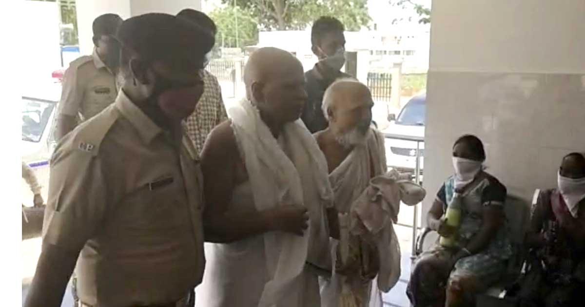http://www.meranews.com/backend/main_imgs/JaniMuni_fir-sabarkantha-rape-case-baba-ram-rahim-jain-priest-g_1.jpg?15