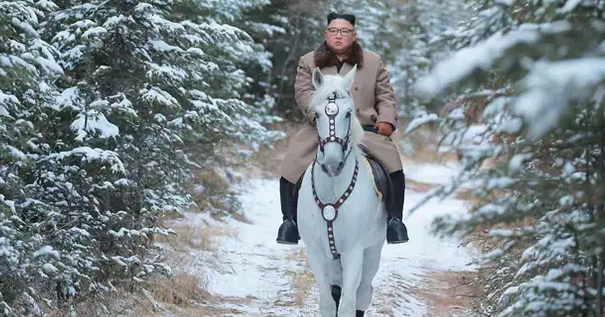 http://www.meranews.com/backend/main_imgs/Kimjong_north-korea-dictator-kim-jong-un-three-children-secret-to-t_0.jpg?61