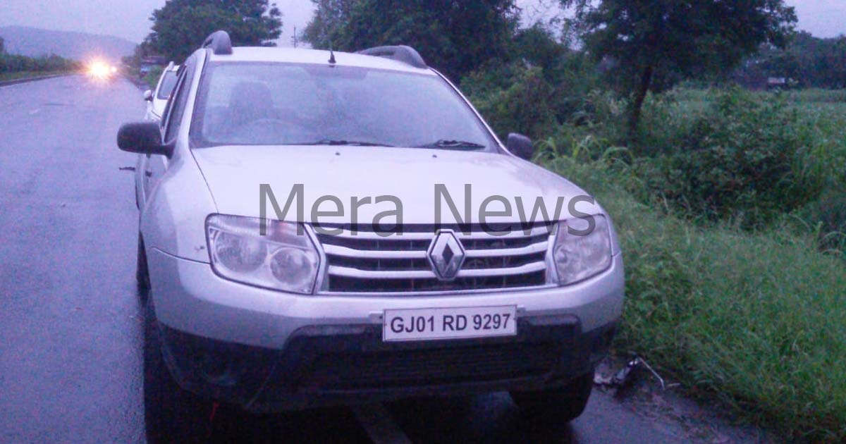 http://www.meranews.com/backend/main_imgs/LIQUOR2_shamlaji-police-caught-liquor-from-duster-car_0.jpg?60