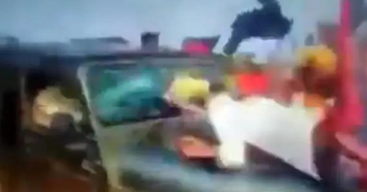 http://www.meranews.com/backend/main_imgs/Lakimpurfarmersuv_lakhimpur-kheri-incident-lakhimpur-kheri-video-uttar-pradesh-farmers_0.jpg?1