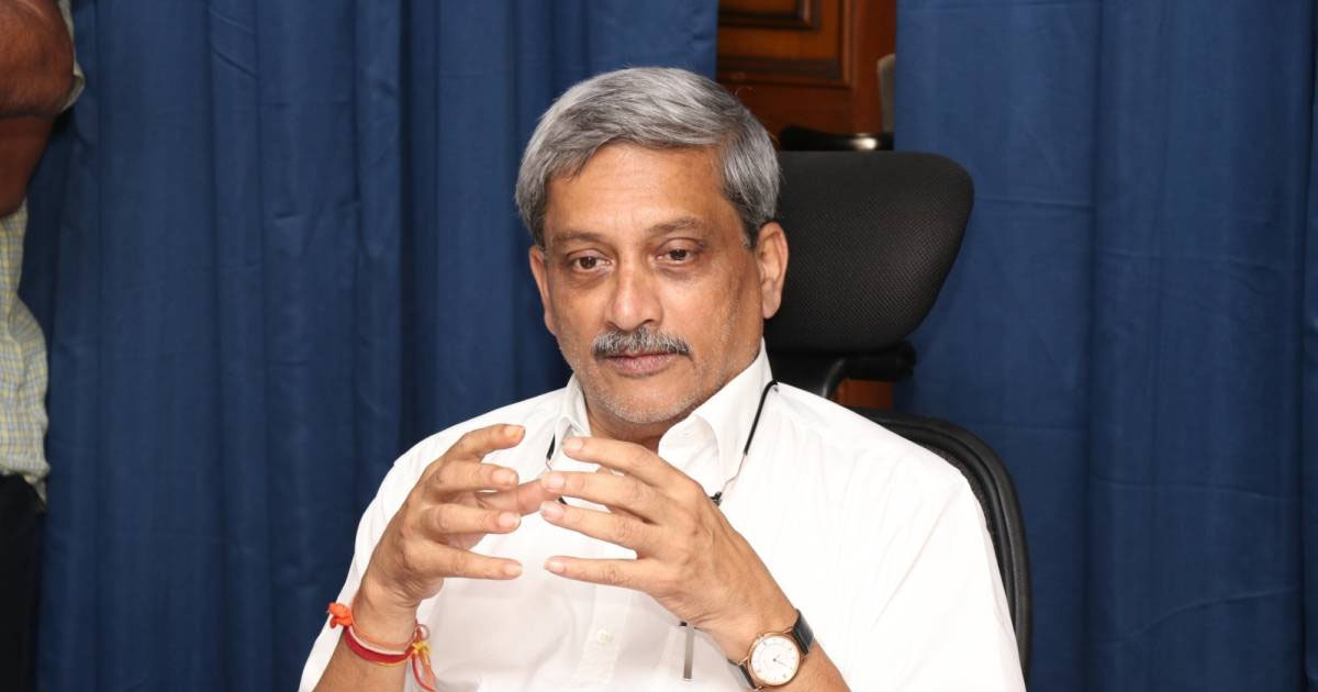http://www.meranews.com/backend/main_imgs/MANOHARPARIKAR_goa-cm-manohar-parrikar-passes-away-aged-63-after-battle-wit_0.jpg?3?42