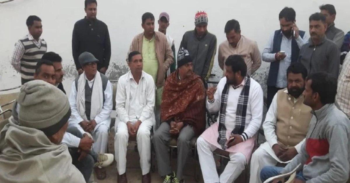 http://www.meranews.com/backend/main_imgs/MahapanchayatRajasthanGujjar_bharatpur-mahapanchayat-a-case-has-been-registered-against-kirori-singh-bainsla-gujjar-leader_0.jpg?58