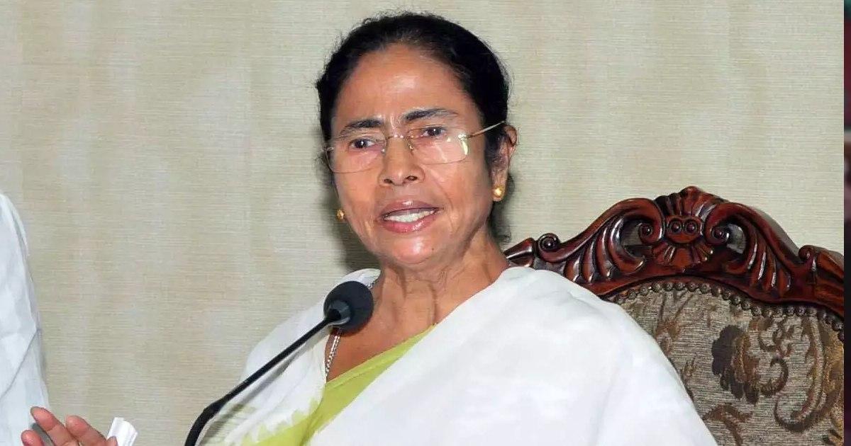 http://www.meranews.com/backend/main_imgs/MamataBanerjee(1)_mamata-banerjee-play-brahmin-card-in-west-bengal-will-give-allowance-rs-1000_0.jpg?19