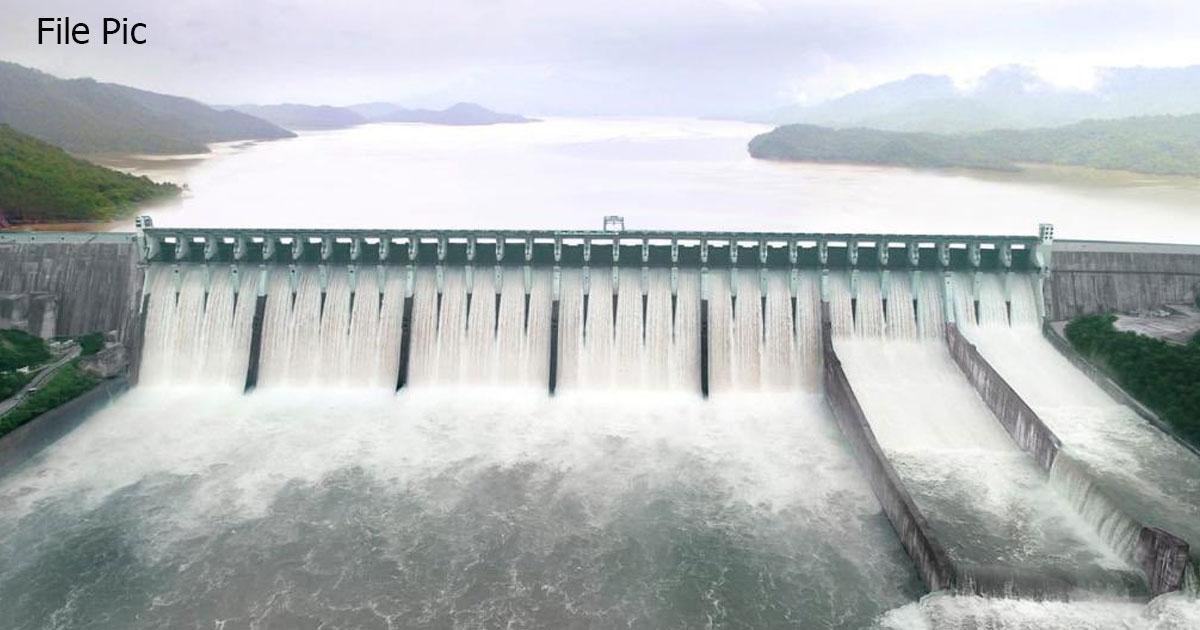 http://www.meranews.com/backend/main_imgs/Narmadadam_narmada-dam-35-reservoirs-about-1200-village-ponds-100_0.jpg?88?77