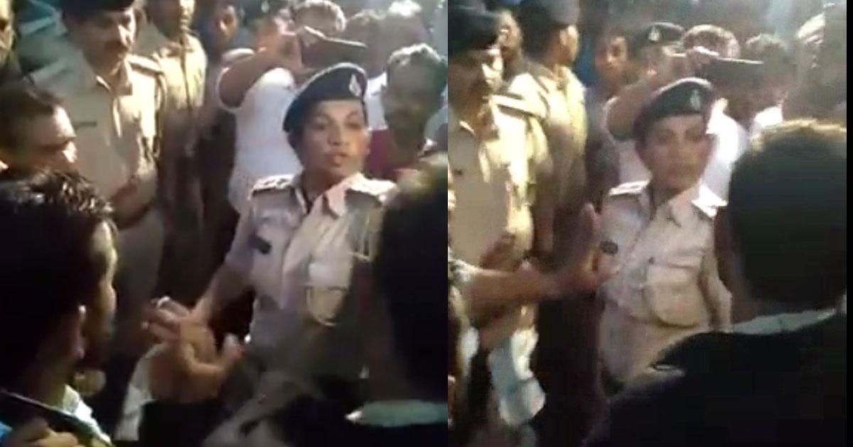 http://www.meranews.com/backend/main_imgs/PSIChavdaKhambhisar_khambhisar-one-more-video-gone-viral-clash-between-woman-p_0.jpg?73
