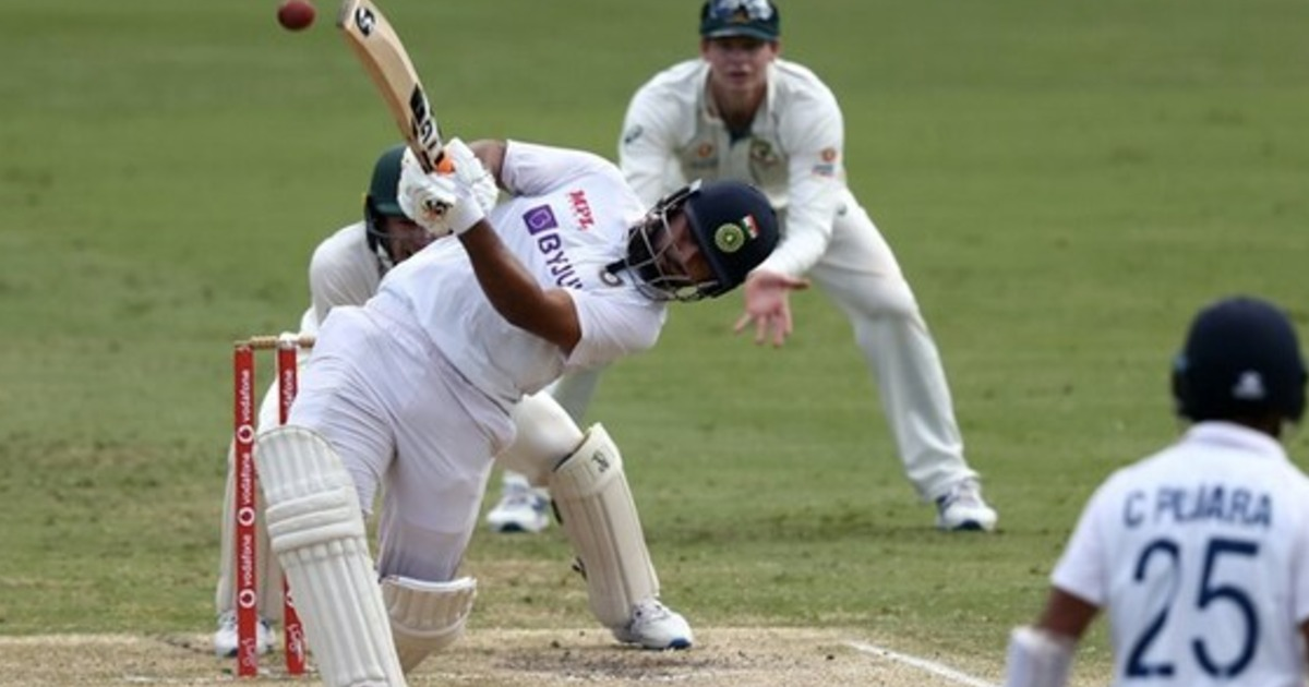 http://www.meranews.com/backend/main_imgs/Pant_aus-vs-ind-4th-test-live-updates-from-the-gabba-brisbane_1.jpg?71