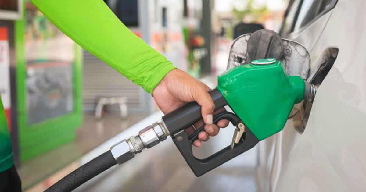 http://www.meranews.com/backend/main_imgs/Petrolprice_petrol-and-diesel-price-hike-for-consecutive-15-days-today_0.jpg?41