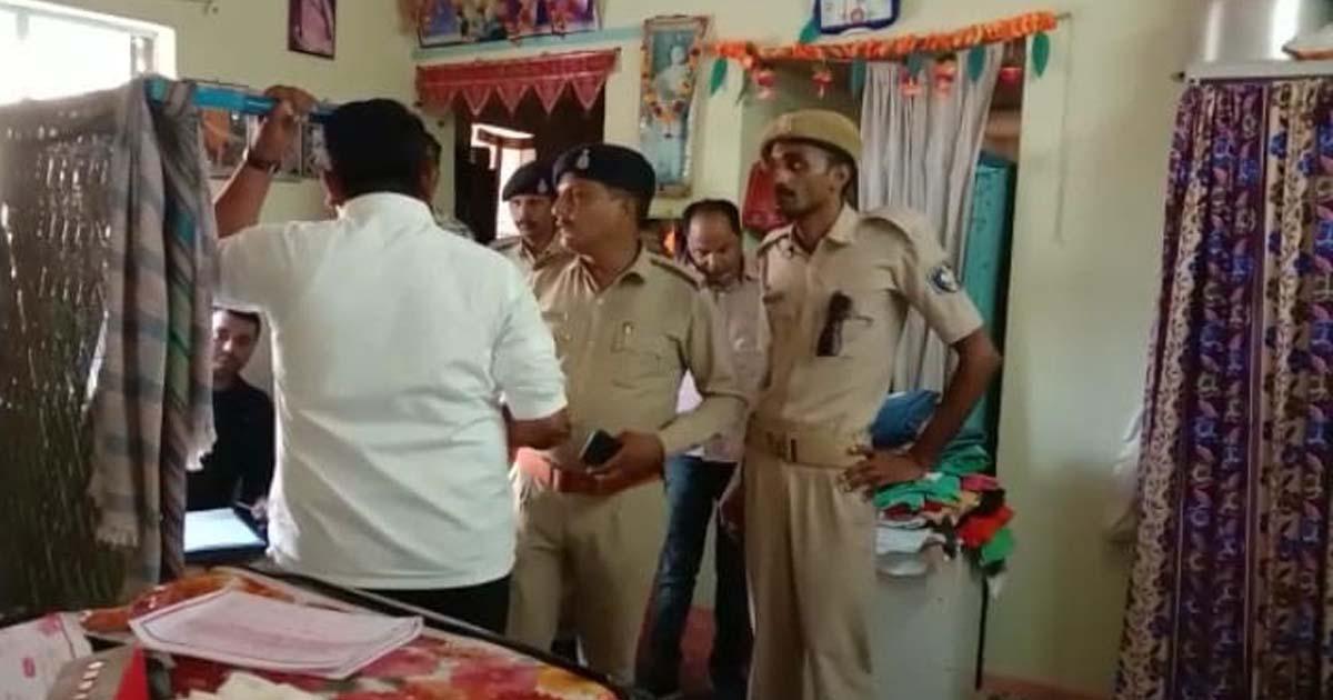 http://www.meranews.com/backend/main_imgs/Policegujarat_jamnagar-two-uncles-killed-nephew-read-why_1.jpg?15