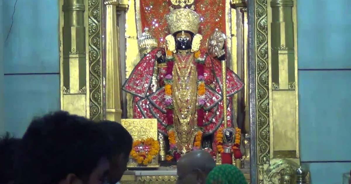 http://www.meranews.com/backend/main_imgs/Shamlaji2_shamlaji-kartiki-mela-gujarat-gujarat-tourism_0.jpg?85