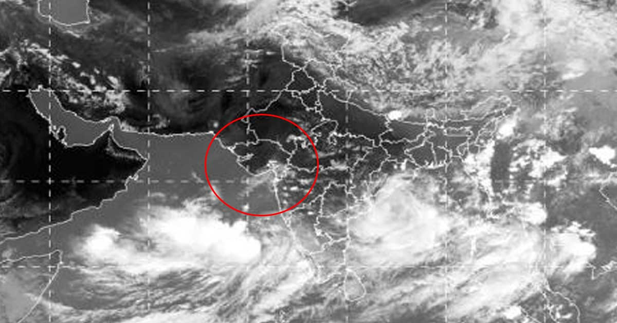 http://www.meranews.com/backend/main_imgs/Storminsaurashtra_gujarat-government-give-alert-for-storm-in-saurashtra_0.jpg?2?99