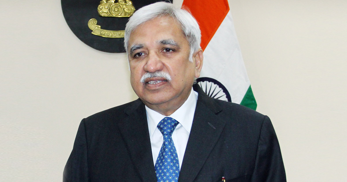 http://www.meranews.com/backend/main_imgs/Sunil-Arora-Chief-Election-Commissioner-of-India_by-elections-in-gujarat-up-mp-odisha-bihat-ec-election_0.jpg?80?64?54