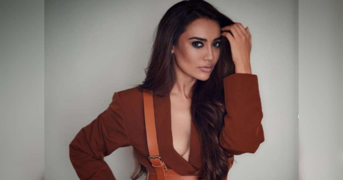 http://www.meranews.com/backend/main_imgs/SurbhiJyotiPhotoshoot_surbhi-jyoti-photoshoot-in-brown-colour-outfit-actress-pose-glamorous-style_0.jpg?34