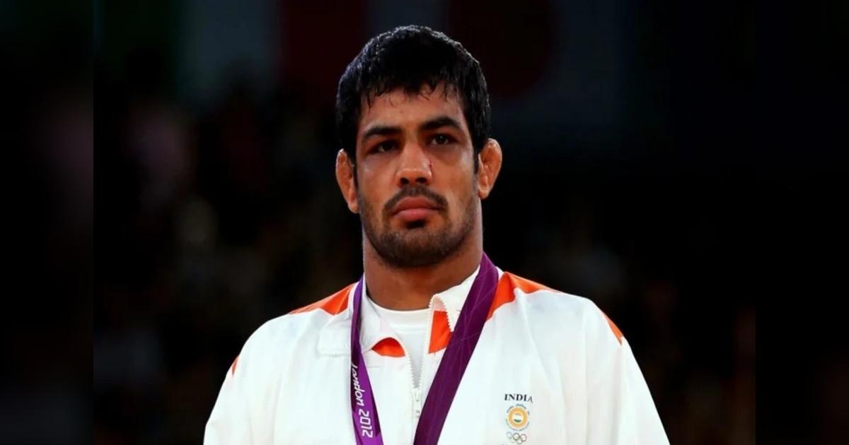 http://www.meranews.com/backend/main_imgs/SushilKumarDelhi_wrestler-sushil-kumar-arrested-at-delhis-mundka-in-sagar-rana-case_1.jpg
