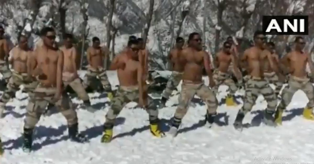 http://www.meranews.com/backend/main_imgs/Uttrakhand_watch-indo-tibetan-border-police-personnel-practice-martial_0.jpg?17?43?14?85