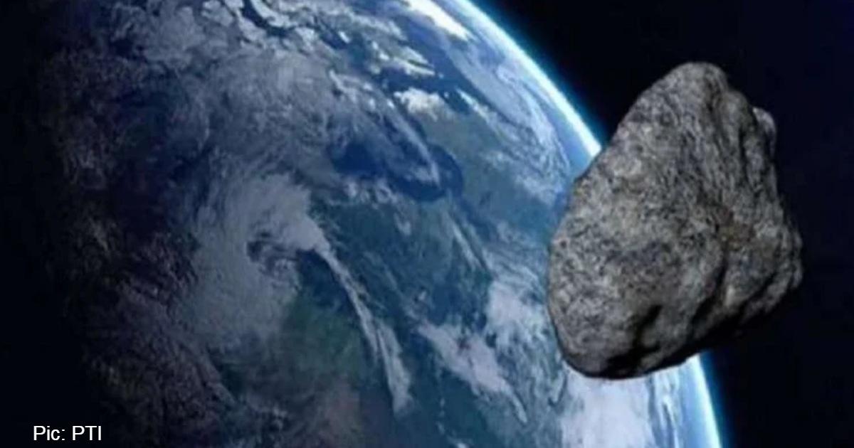 http://www.meranews.com/backend/main_imgs/_AsteroidStone_asteroid-alert-2020-according-to-nasa-asteroid-stone-equal-size-burj-khalifa-earth-sunday_0.jpg?12