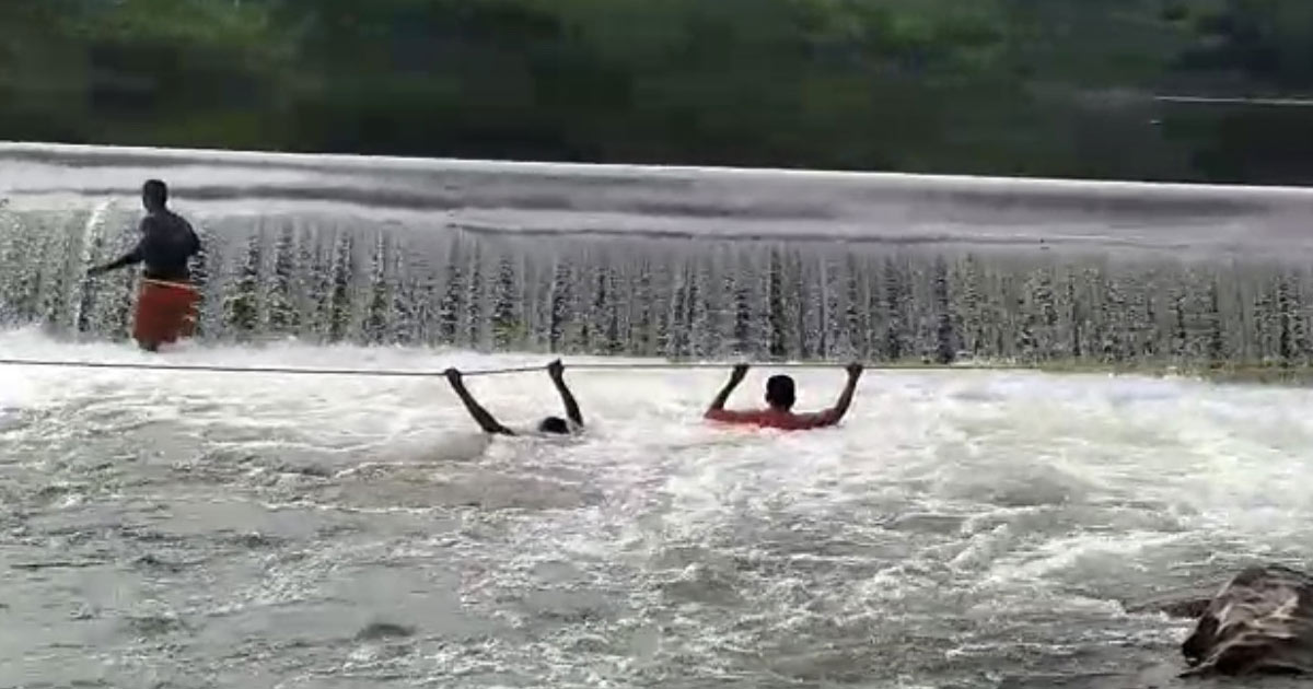 http://www.meranews.com/backend/main_imgs/a2_aravalli-sabarkantha-drowning-incidents-5-body-of-youth-d_2.jpg?30