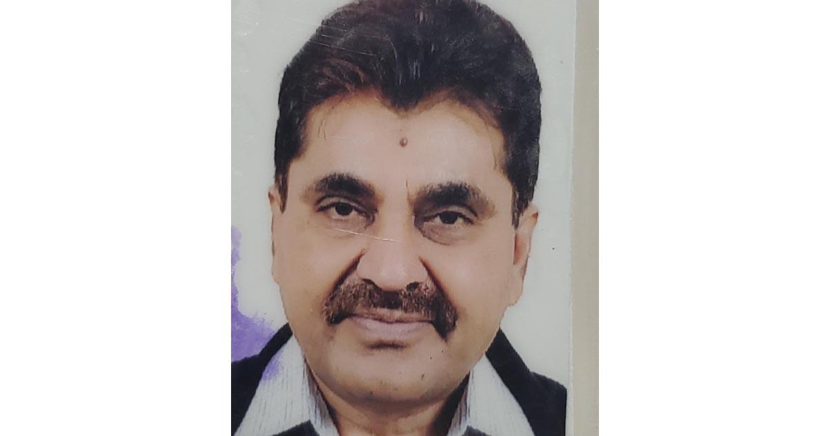 http://www.meranews.com/backend/main_imgs/acbhiteshparmar_rajkot-gidc-executive-engineer-hitesh-parmar-acb-gujarat_0.jpg?50