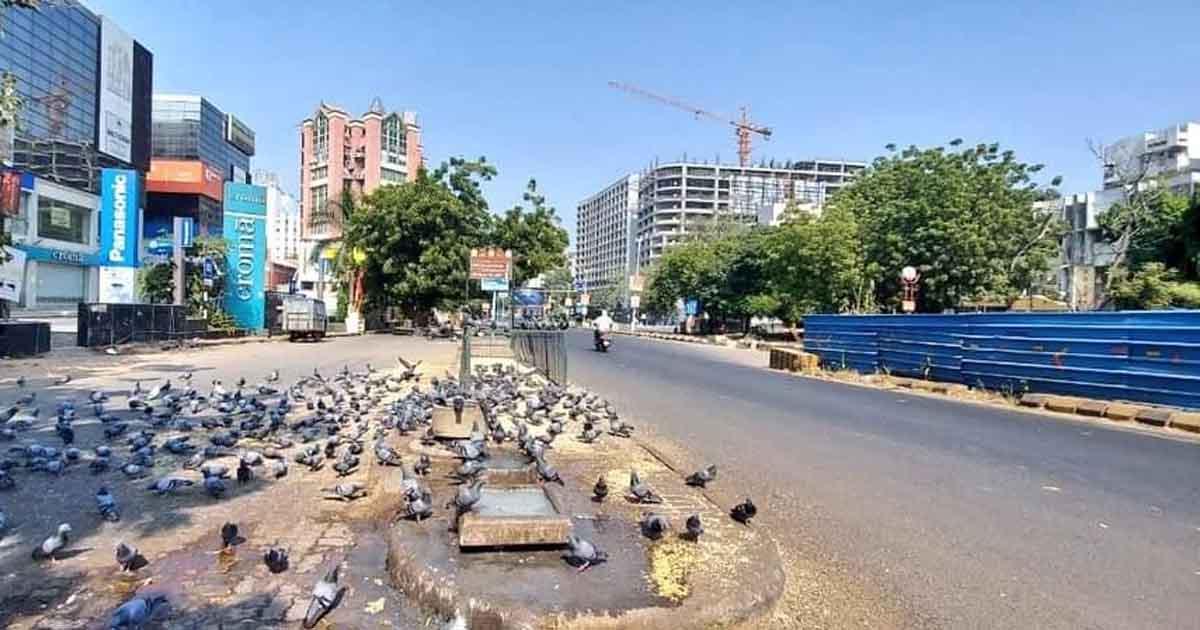 http://www.meranews.com/backend/main_imgs/ahm1_ahmedabad-curfew-police-curfew-ahmedabad-police-delhi_1.jpg?23?97