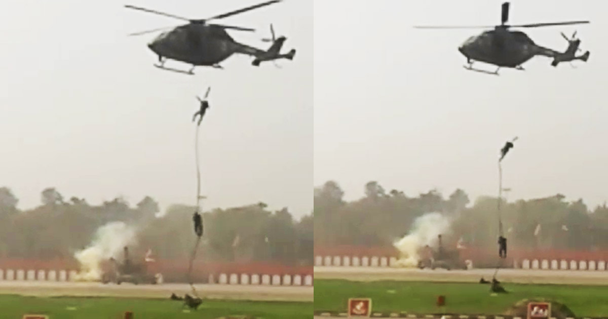 http://www.meranews.com/backend/main_imgs/army_the-army-men-were-on-ropes-of-helicopter-suddenly-rope-brok_0.jpg?2