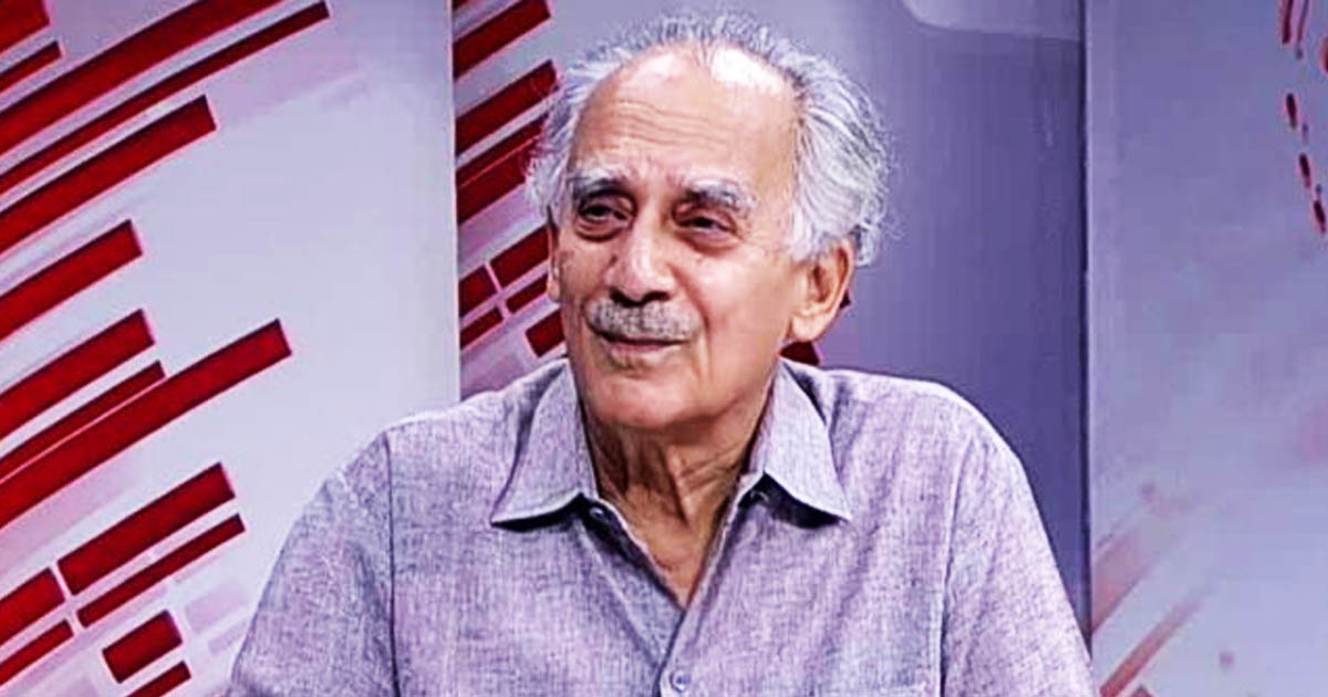 http://www.meranews.com/backend/main_imgs/arunshourie_i-dont-believe-that-modi-was-unaware-of-the-controversial-p_0.jpg?94