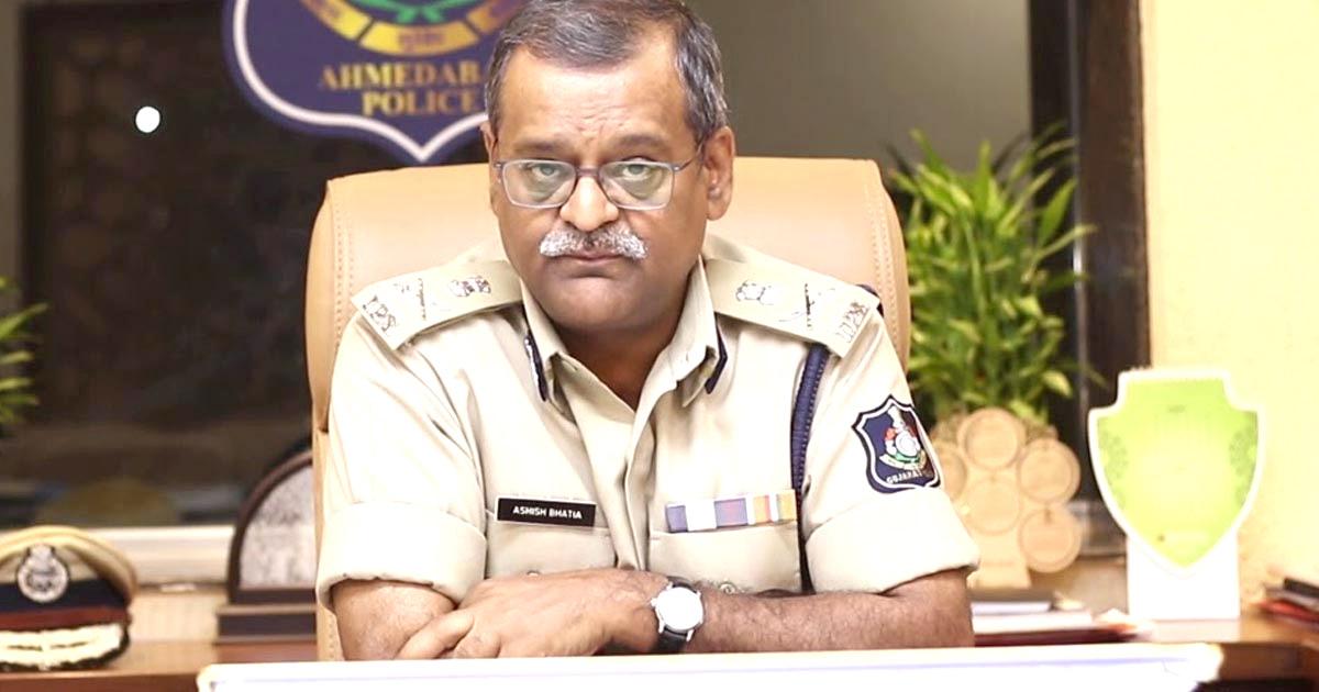 http://www.meranews.com/backend/main_imgs/ashish_kutch-news-dg-vigilance-raid-gambling-club-gujarat_0.jpg?63
