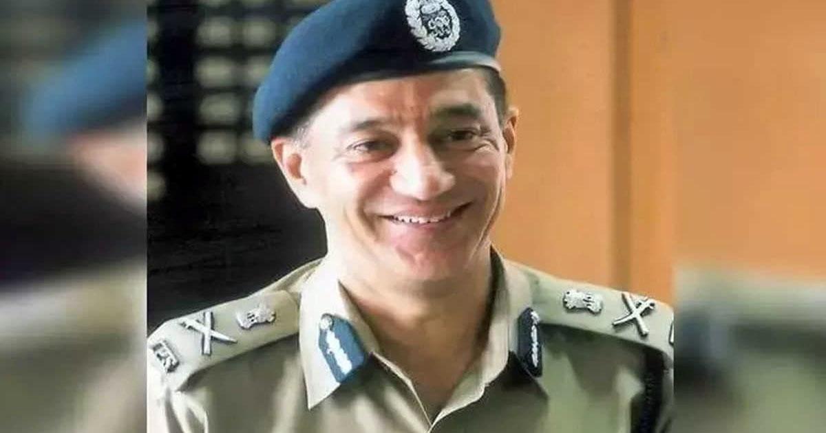 http://www.meranews.com/backend/main_imgs/ashwinik_shimla-cbi-director-former-director-of-cbi-ips-ashwini-kumar_0.jpg?3