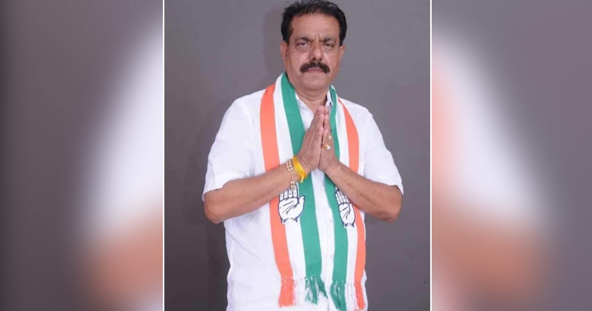 http://www.meranews.com/backend/main_imgs/bayad-election_congress-candidate-jashubhai-patel-is-demanding-resignation_0.jpg?9