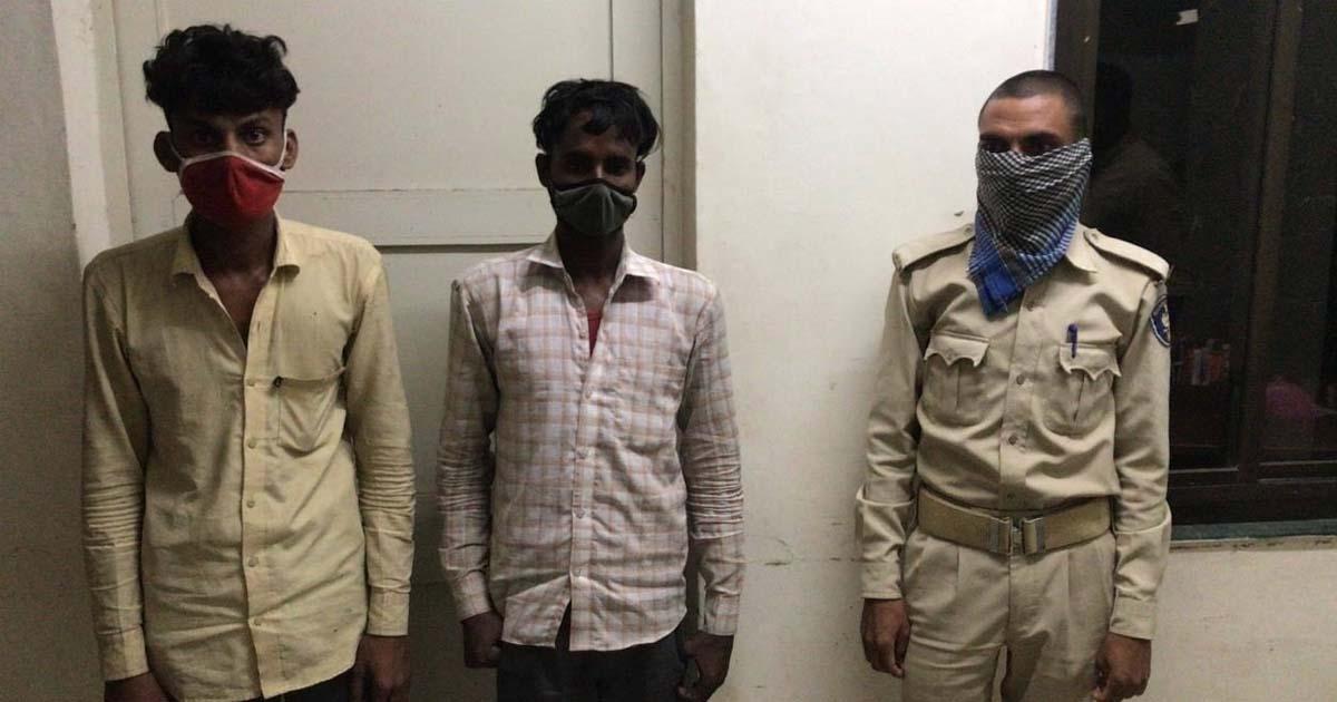http://www.meranews.com/backend/main_imgs/bigbull_shamlaji-ansol-liquor-in-gujarat-police-aravalli-police_0.jpg?24