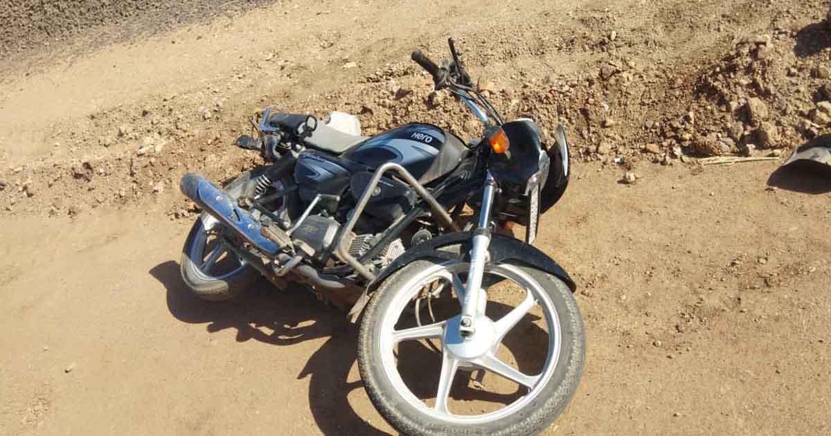 http://www.meranews.com/backend/main_imgs/bikeaccident_shyamlaji-wife-died-in-bike-accident-husband-injured_0.jpg?22