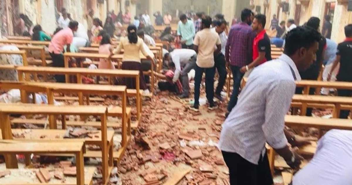 http://www.meranews.com/backend/main_imgs/blast_sri-lanka-explosions-50-killed-as-churches-and-hotels-targe_0.jpg?42?67