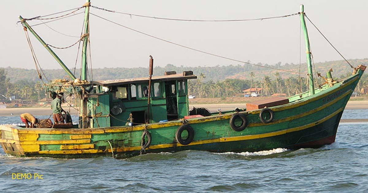 http://www.meranews.com/backend/main_imgs/boatindia_pak-marine-kidnapped-6-sailors-with-boat_0.jpg?93