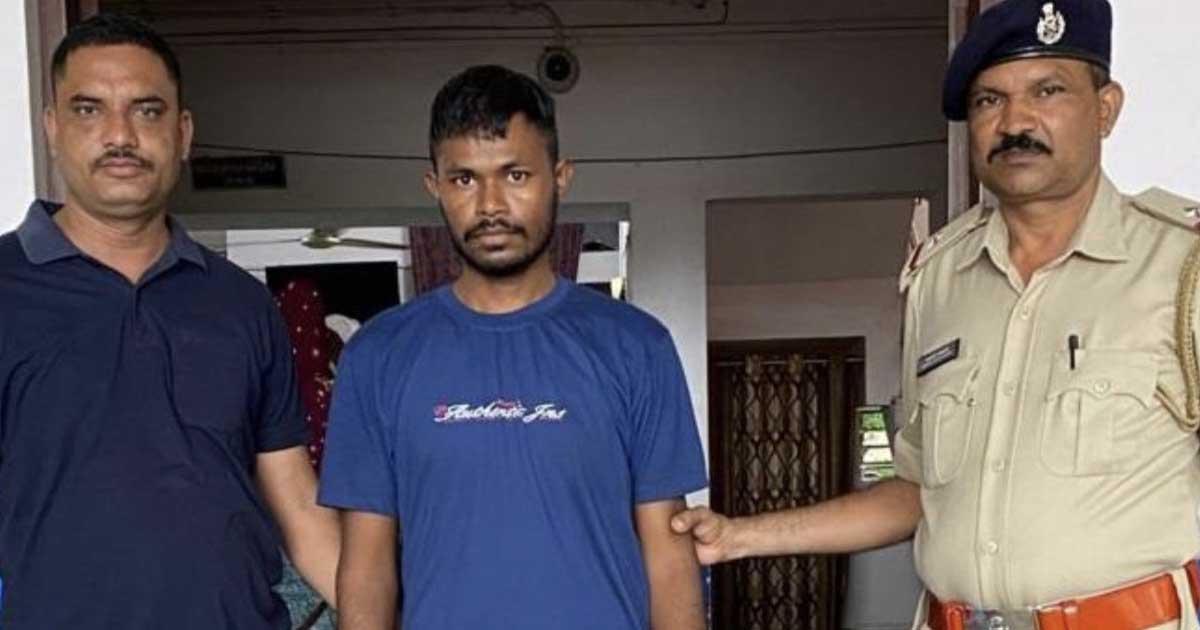 http://www.meranews.com/backend/main_imgs/bootlegger_bootleggers-bhiloda-police-aravalli-surat-lajpor-jail-gujarat_0.jpg?55